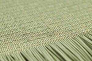 い草を使用した国産の縁なし畳