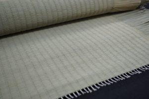 い草を使用した中級品の国産畳表