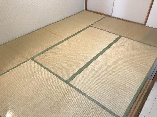 施工前の畳