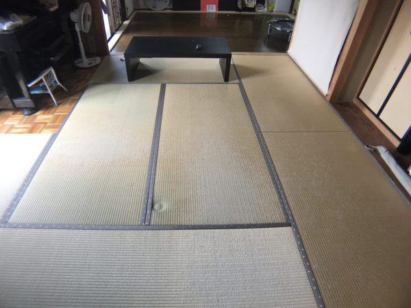 施工前の凹みの畳