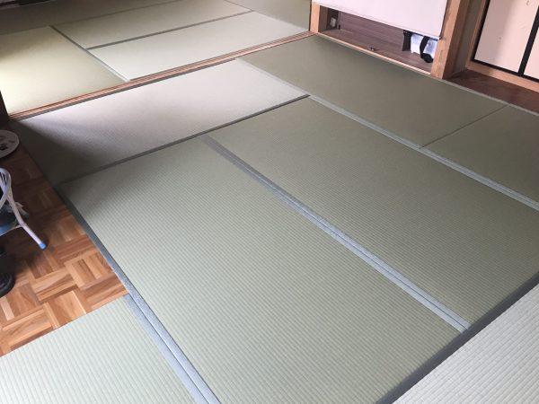 フローリングを畳に変えた部屋
