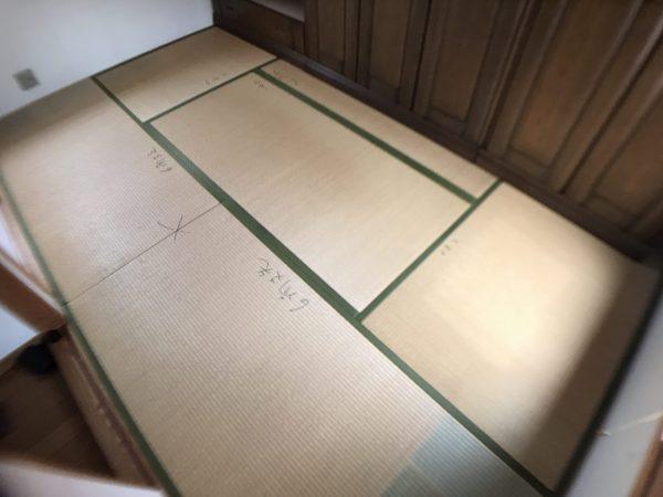 張り替える前の傷んだ畳