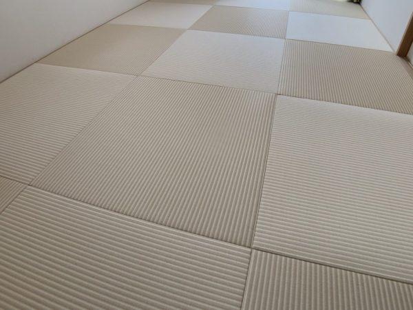 乳白色と白茶色を組み合わせた和紙畳