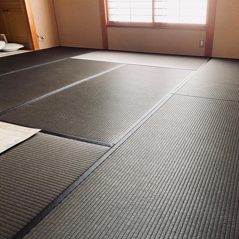 和紙畳の黒い畳