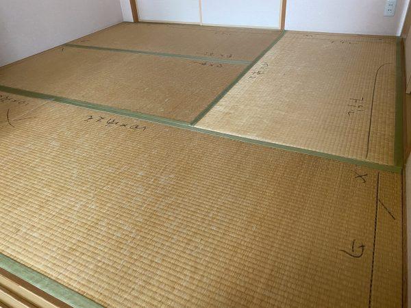 張替え前の藺草畳