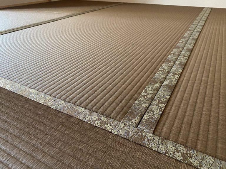 和紙畳の銀白胡桃色